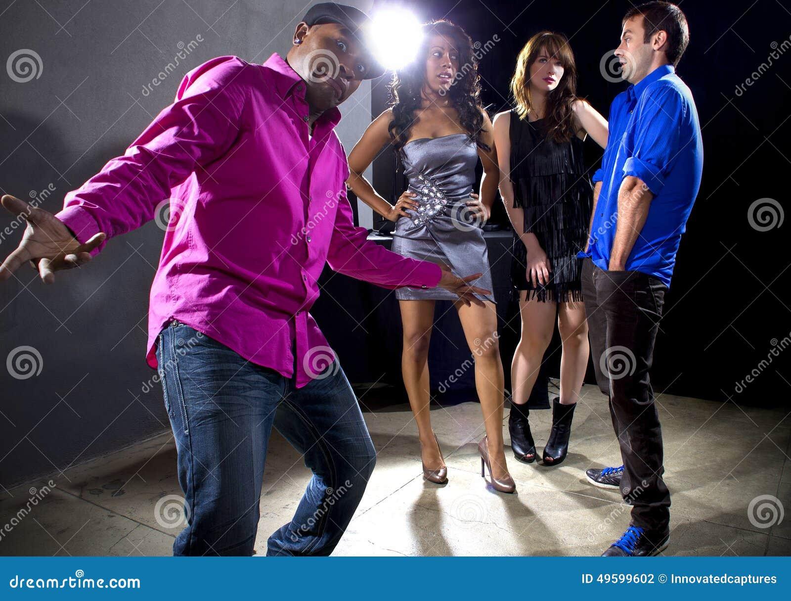 [Image: getting-rejected-girls-nightclub-laughin...599602.jpg]