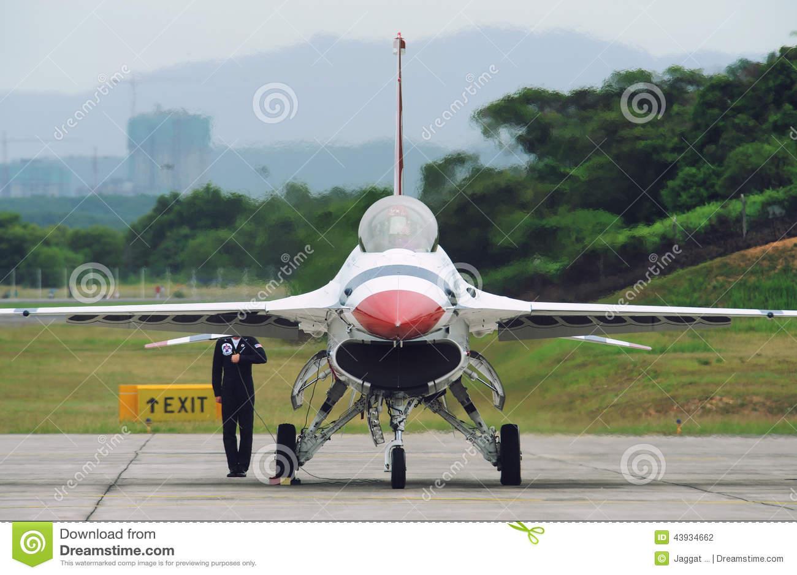 Getto dei Thunderbirds del U.S.A.F., falco di F-16C