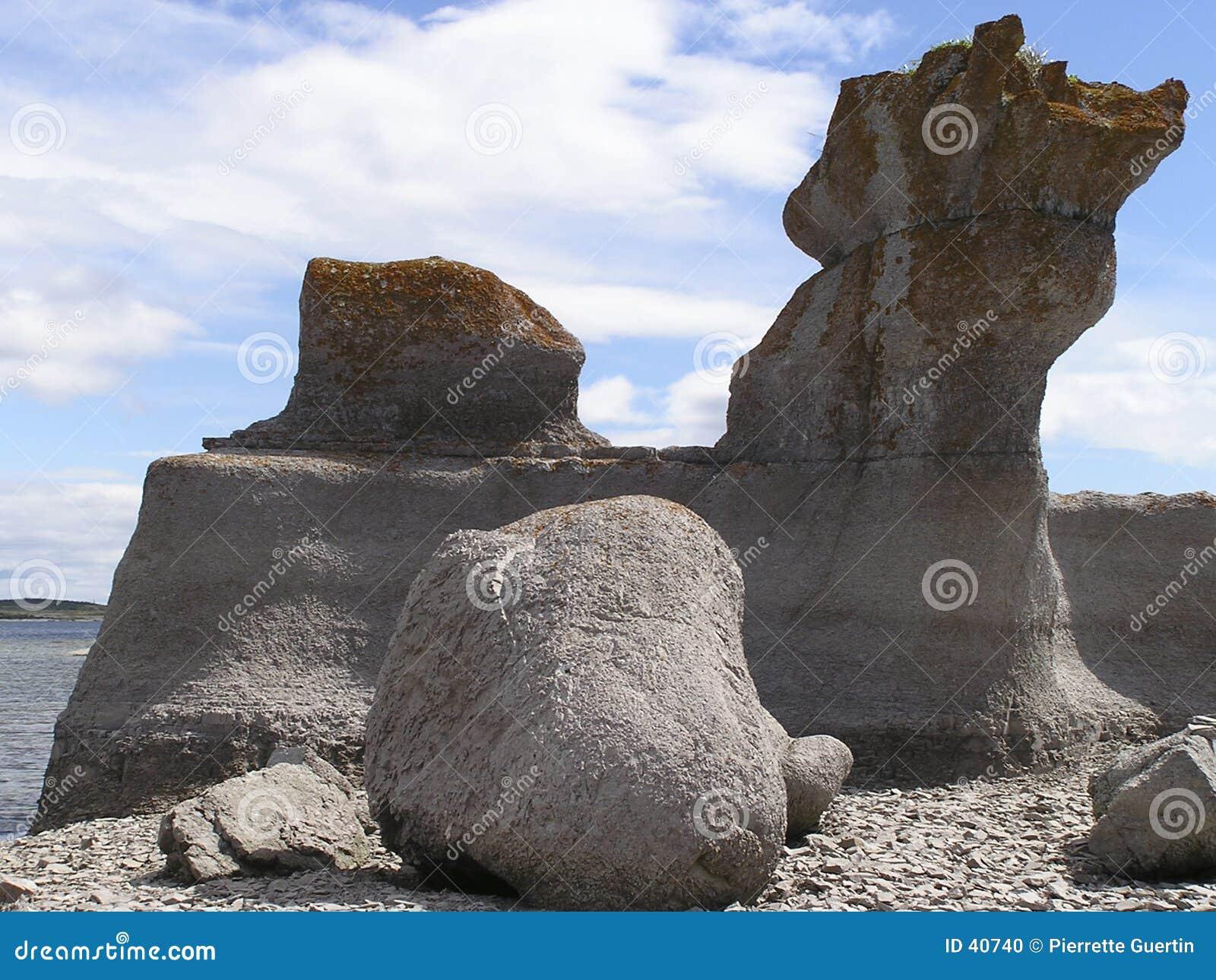 Gevallen granietstenen