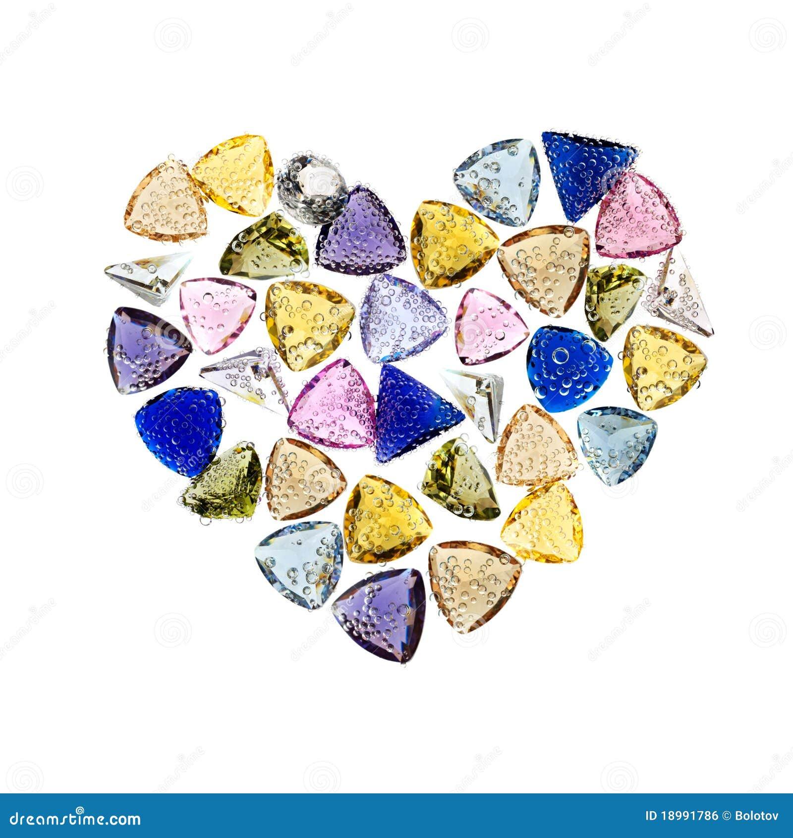 Gevormd de halfedelstenenhart van juwelen. Geïsoleerdl op wit.