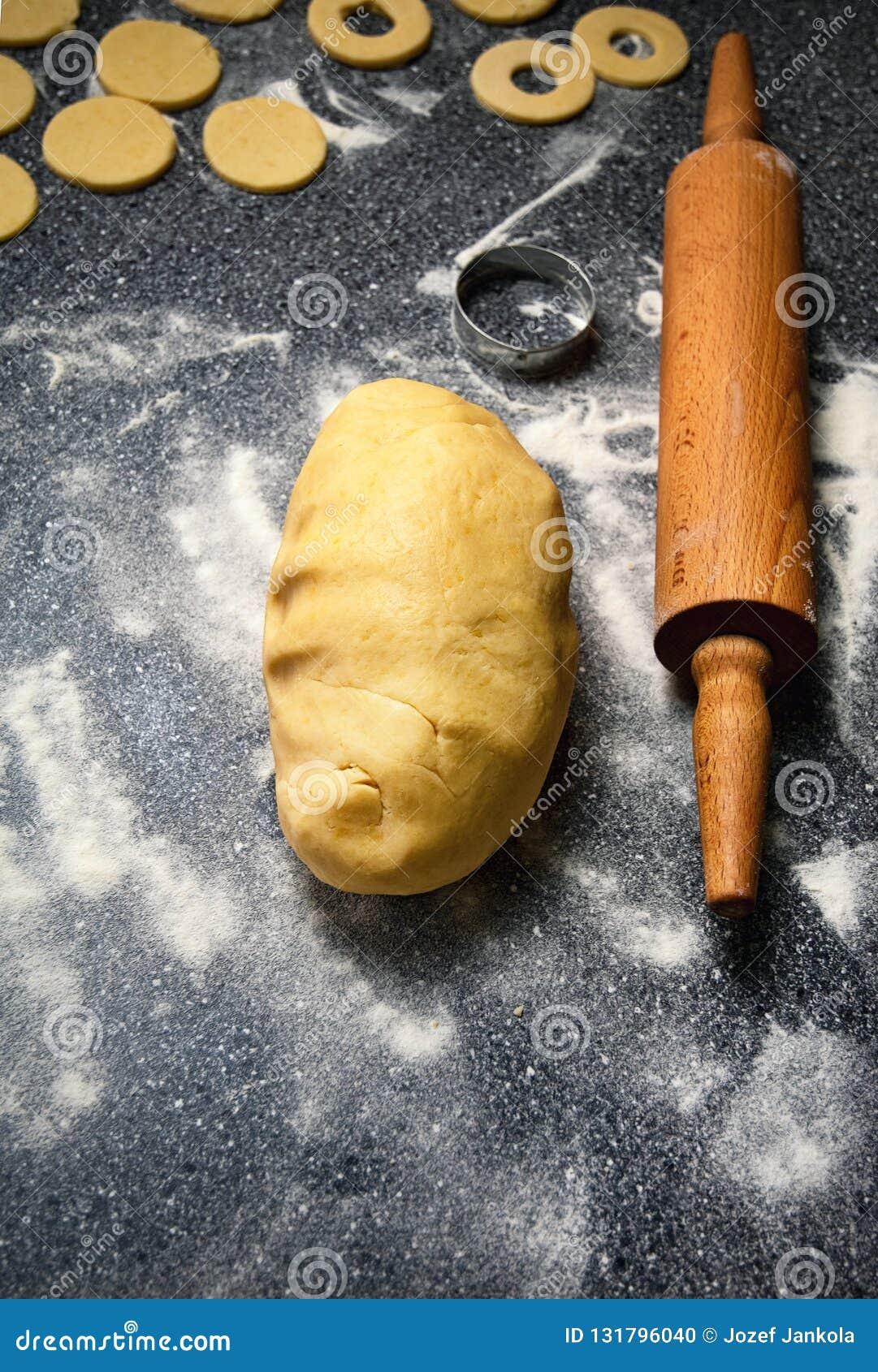 Gevormd deeg voor pastei