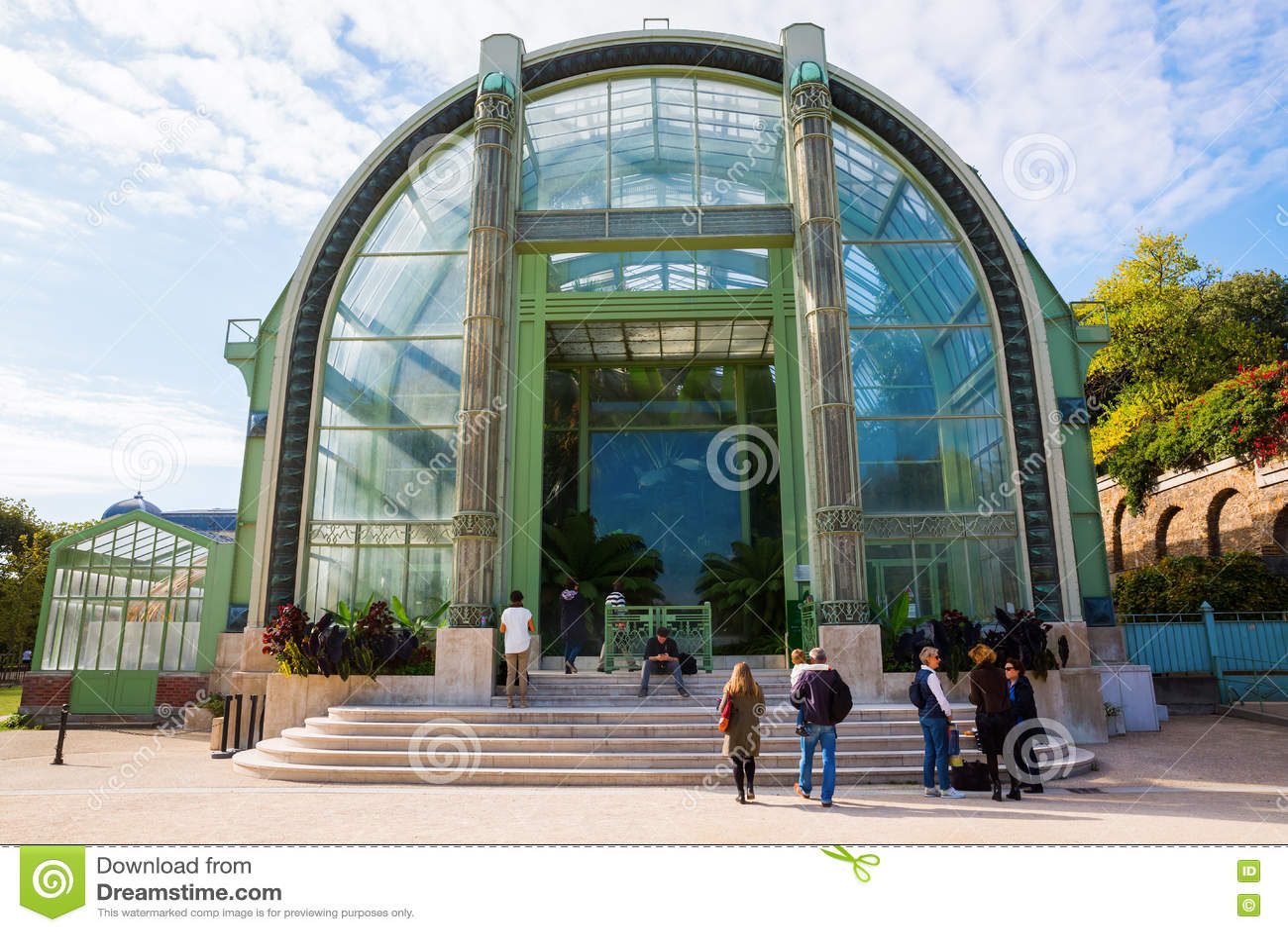 Gewächshaus Im Jardin Des Plantes In Paris Redaktionelles Stockbild ...