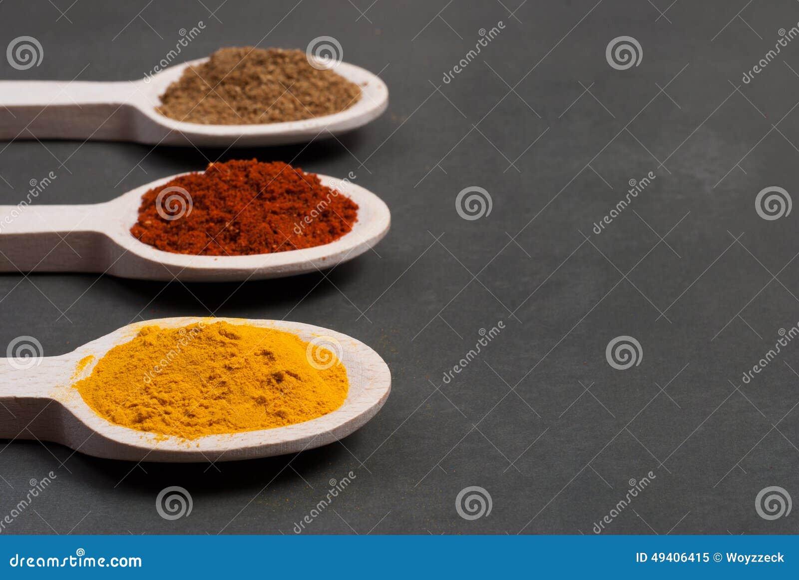 Download Gewürze stockbild. Bild von indisch, aroma, farbe, nahrung - 49406415