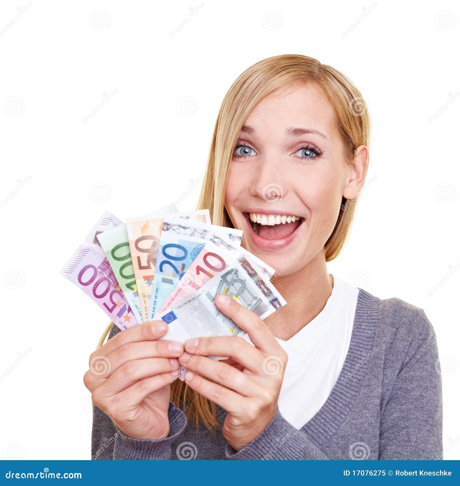 Gewinnendes Geld der glücklichen Frau