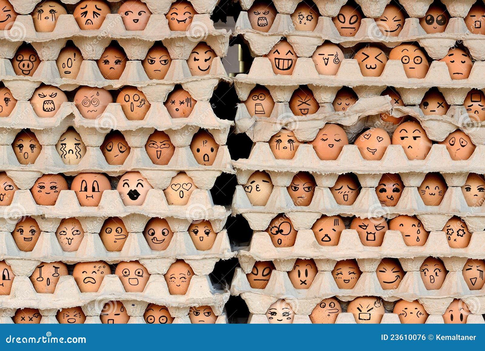 Gezichten op de eieren