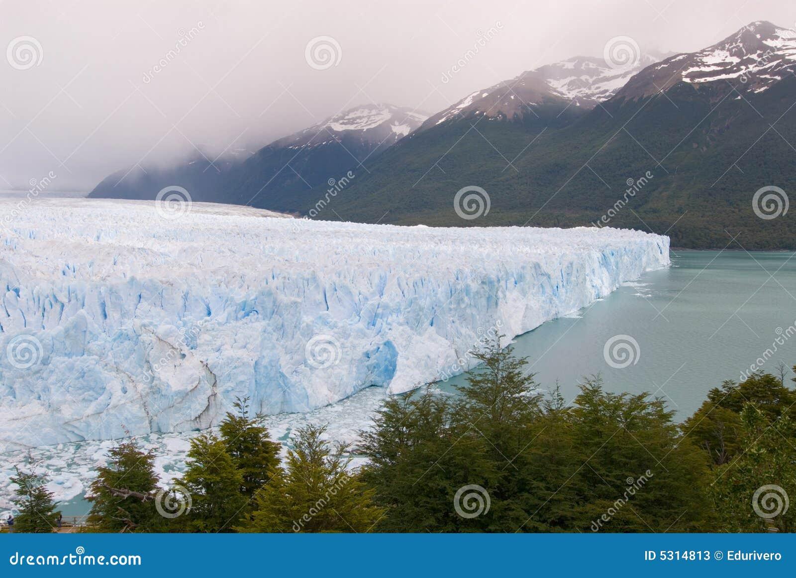 Download Ghiacciaio Di Perito Moreno Nel Patagonia Immagine Stock - Immagine di ghiaccio, chile: 5314813