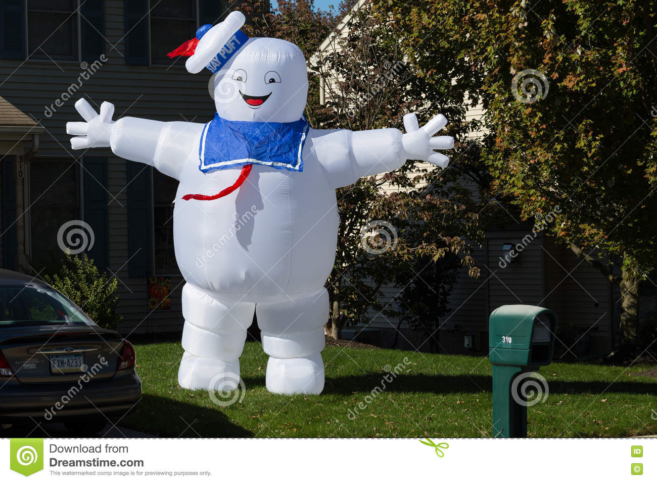Ghostbusters Stay Puft Marshmallow Man Decoration Editorial