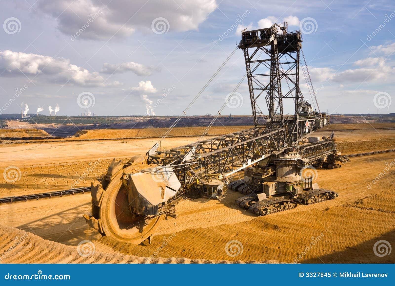 giant excavator - photo #20