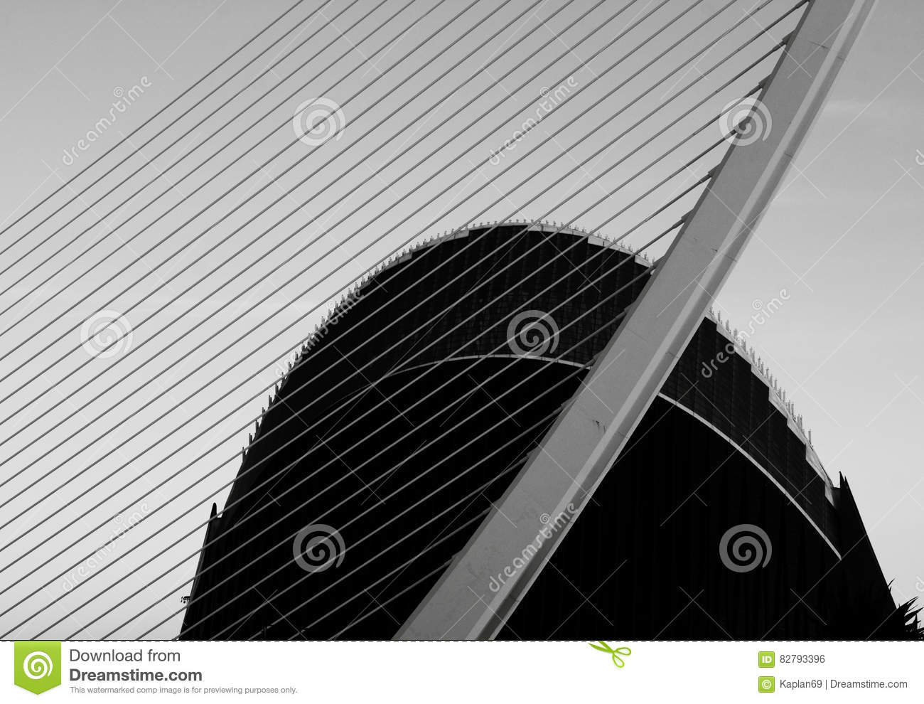 Giant Of Modern Photography At >> The Giant Harp Editorial Photo Image Of Ciutat Architecture 82793396