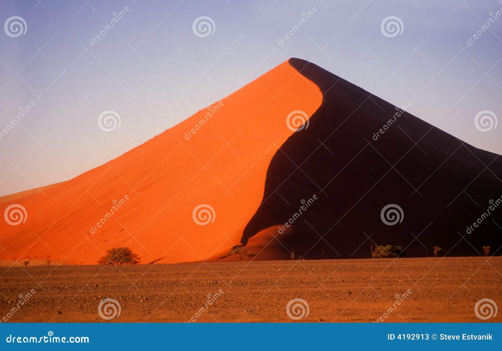Giant sand dunes