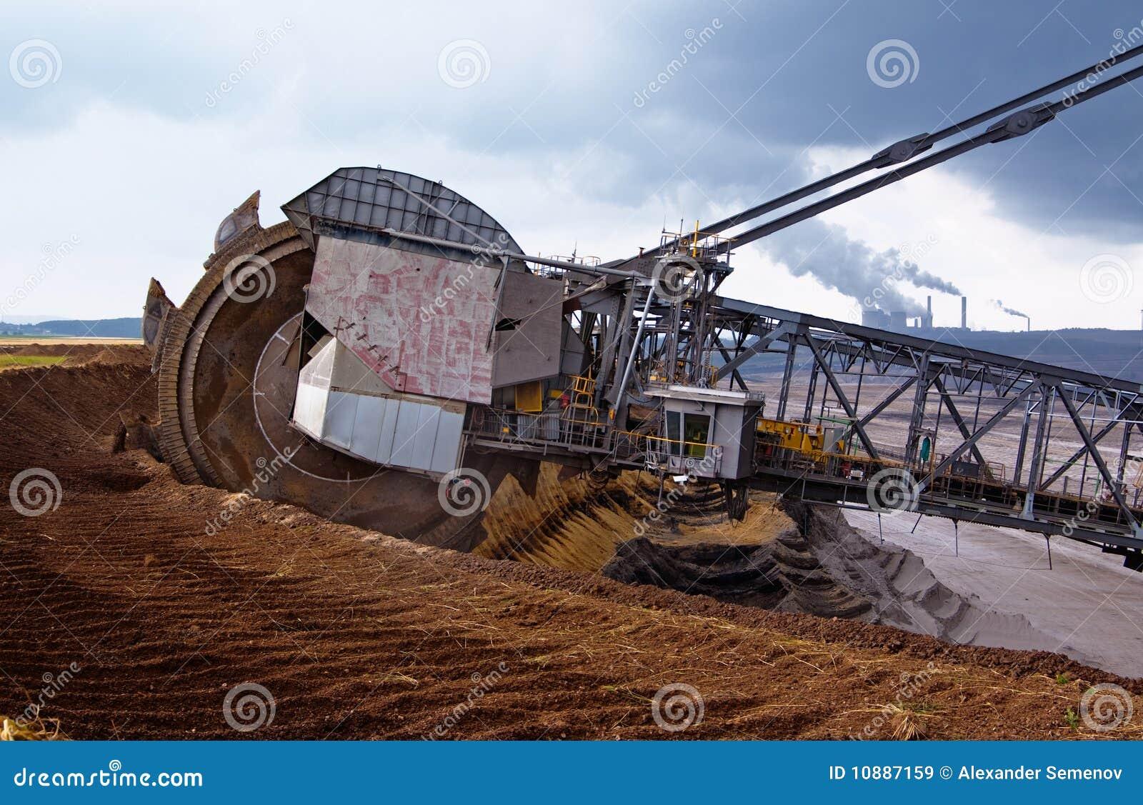 giant excavator - photo #16
