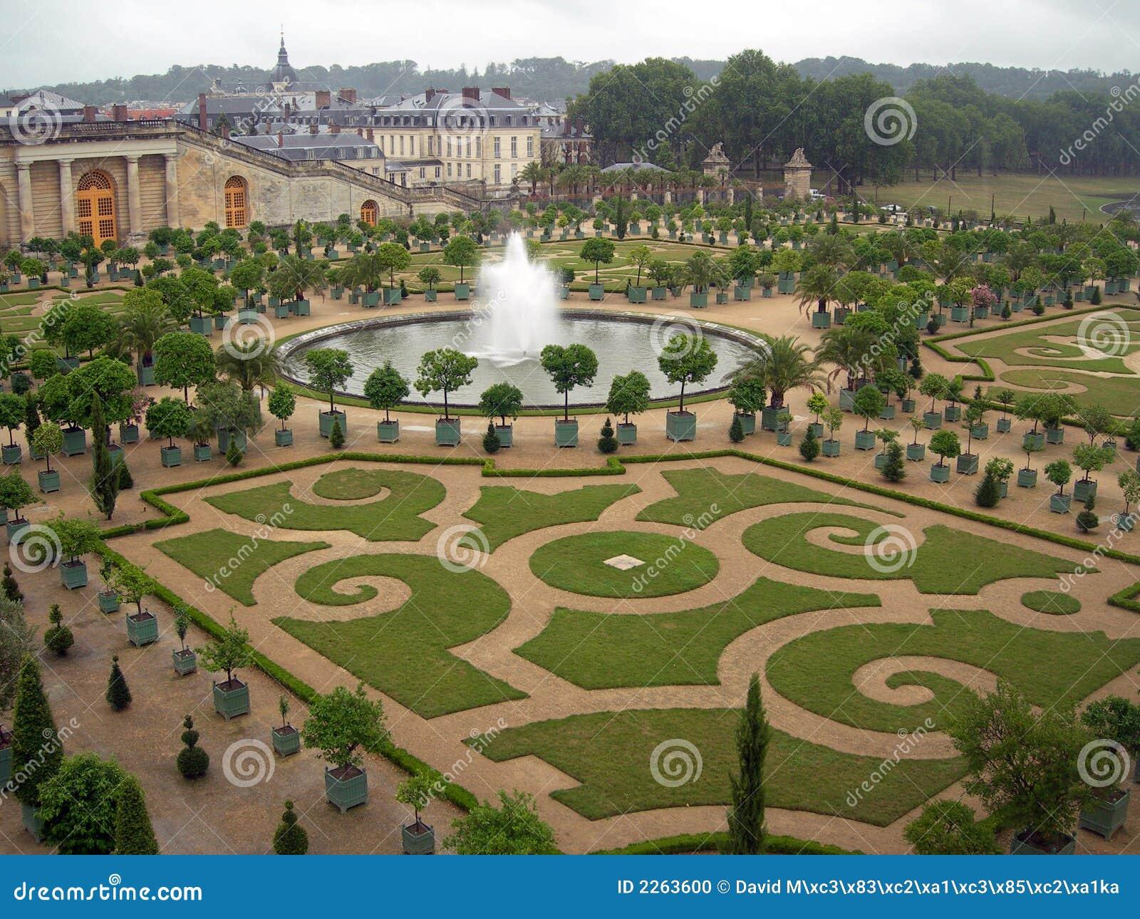 Giardini di versailles fotografia stock immagine di antique