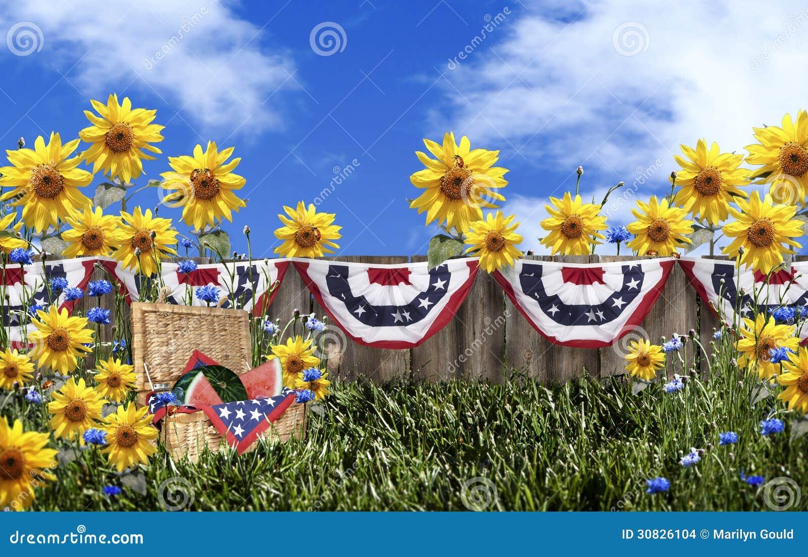 Giardino floreale del canestro di picnic