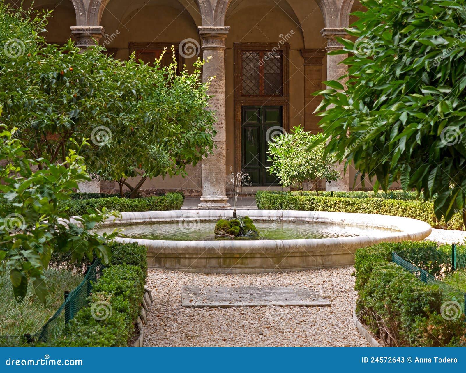 Giardino mediterraneo immagine stock immagine di albero for Giardino mediterraneo
