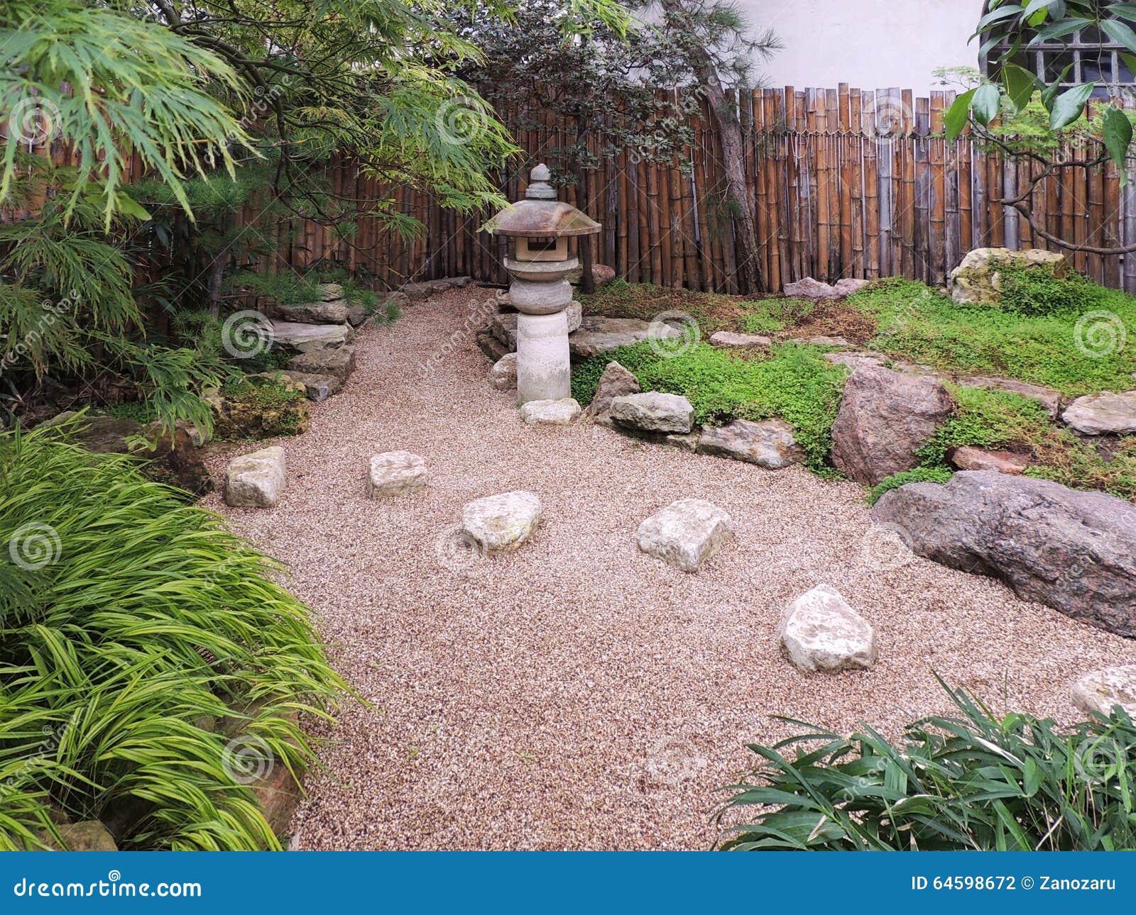Trendy giardino with piccoli giardini rocciosi with - Piccoli giardini rocciosi ...