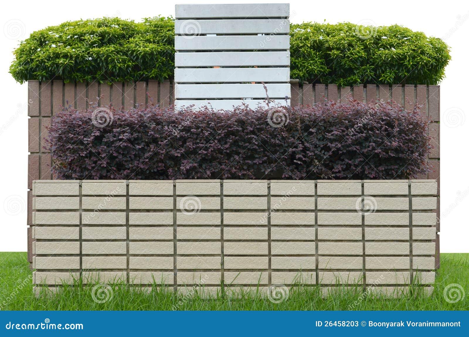 Mattoni Per Recinzione Giardino.Giardino Su Una Rete Fissa Del Mattone Immagine Stock