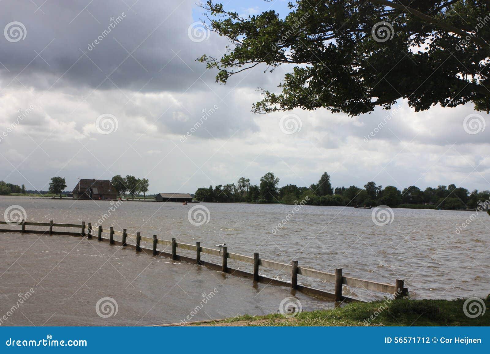 Download Giethoorn η ολλανδική Βενετία Στοκ Εικόνες - εικόνα από ιματισμός, από: 56571712