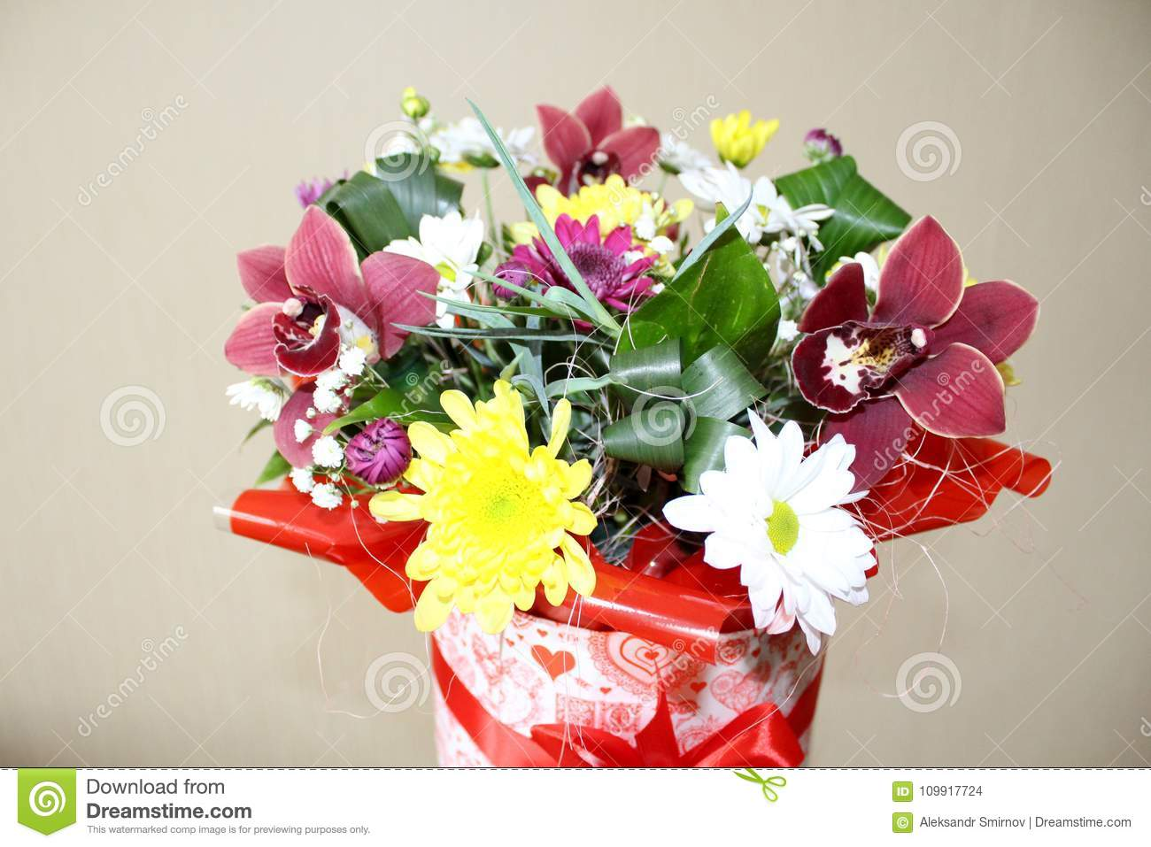 Gift box with beautiful orchid flowers stock photo image of download gift box with beautiful orchid flowers stock photo image of bouquet beautiful izmirmasajfo