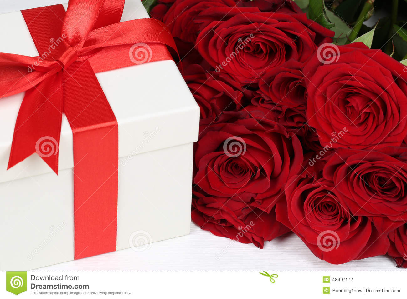 Gift Box With Roses For Birthday Gifts Valentine S Or Mother S
