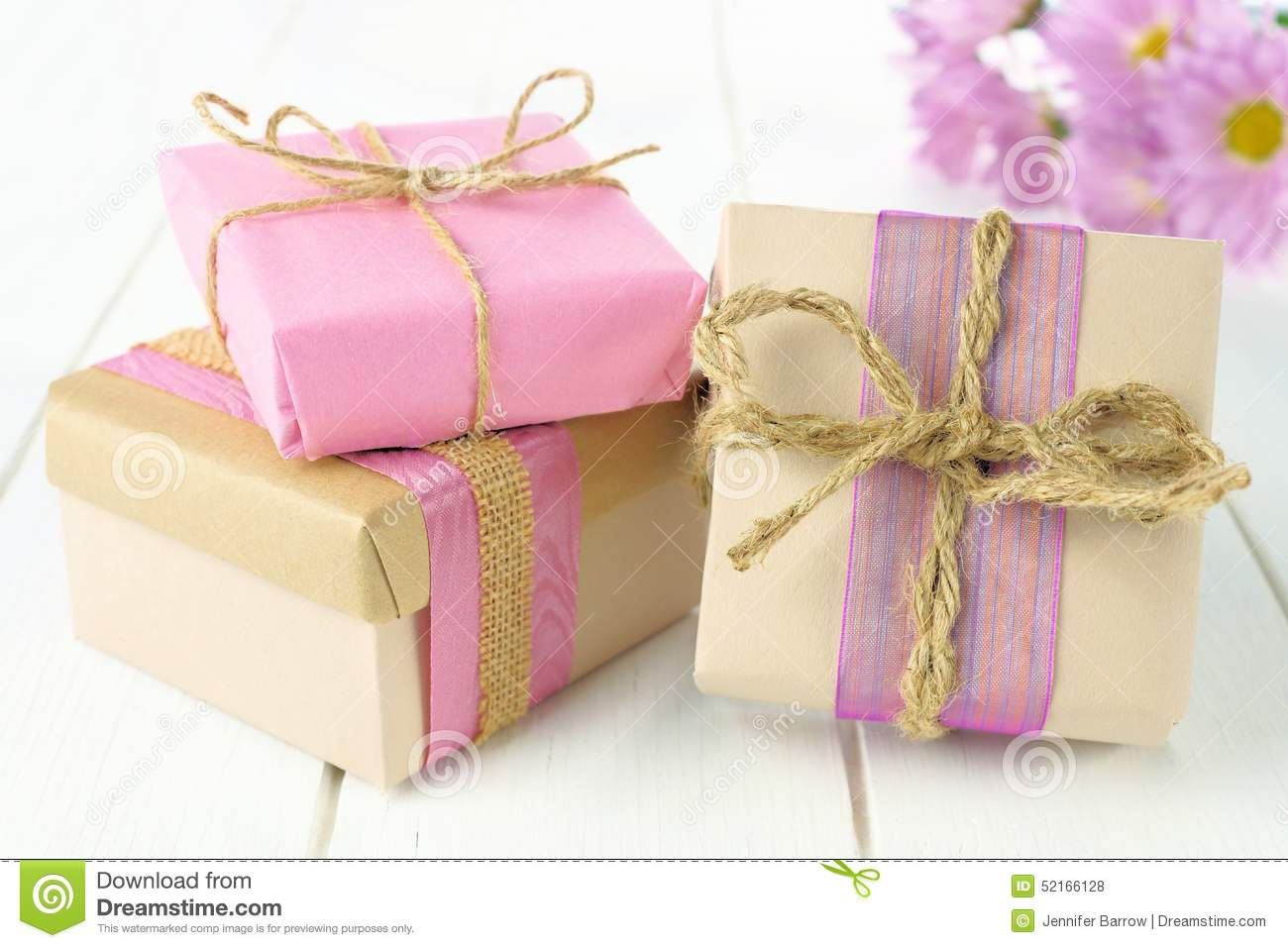 11 Sure-fire Tips to Start a Gift Wrapping Business