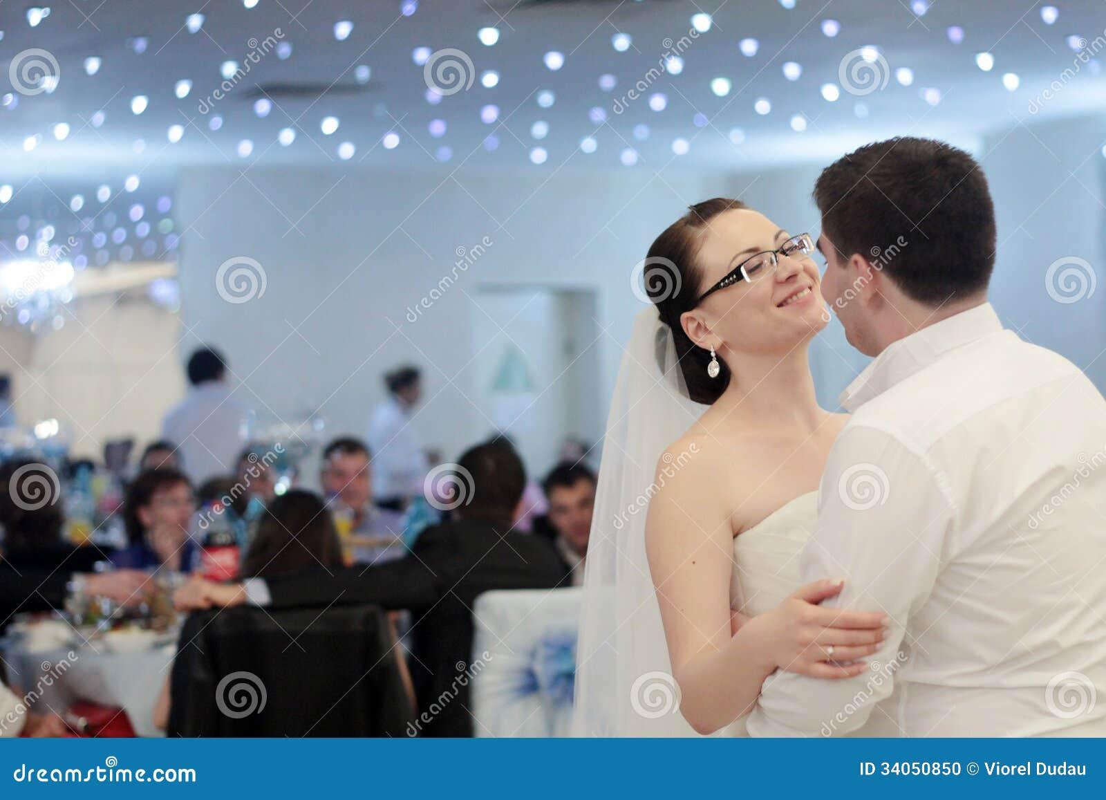 Gifta sig dans