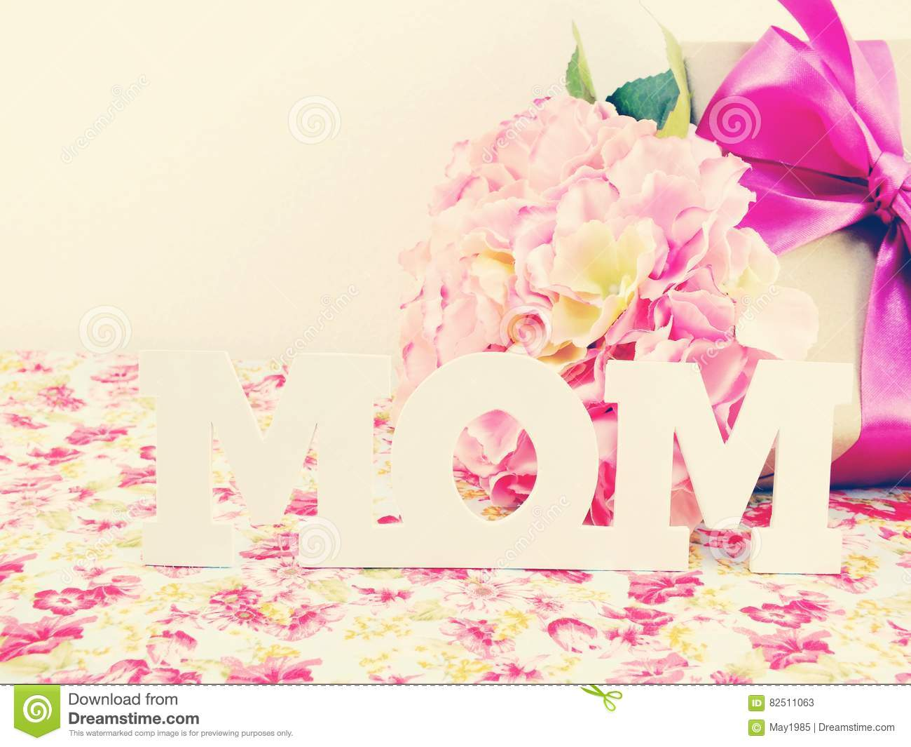 Gifts and beautiful bouquet of flowers for mom for mother day or gifts and beautiful bouquet of flowers for mom for mother day or birthday izmirmasajfo
