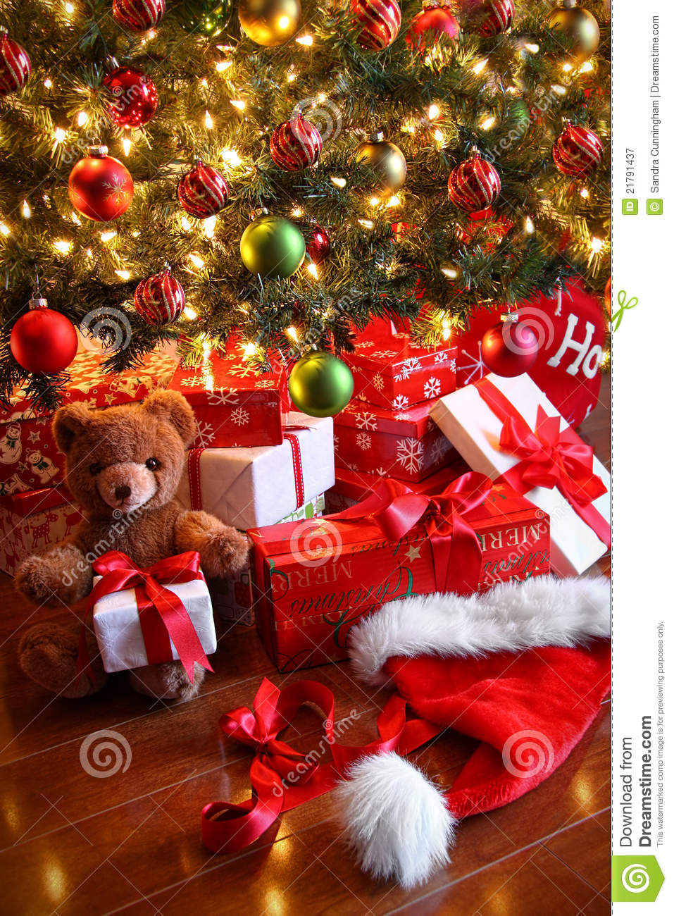 Gifts Under The Tree For Christmas Royalty Free Stock ...