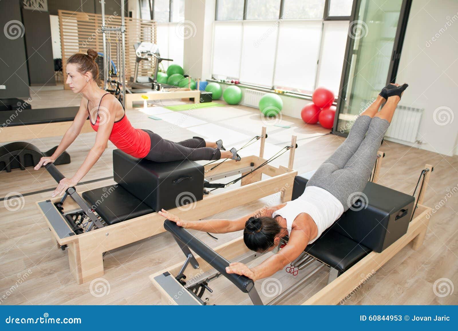 Gimnasio para Pilates imagen de archivo. Imagen de ocio - 60844953
