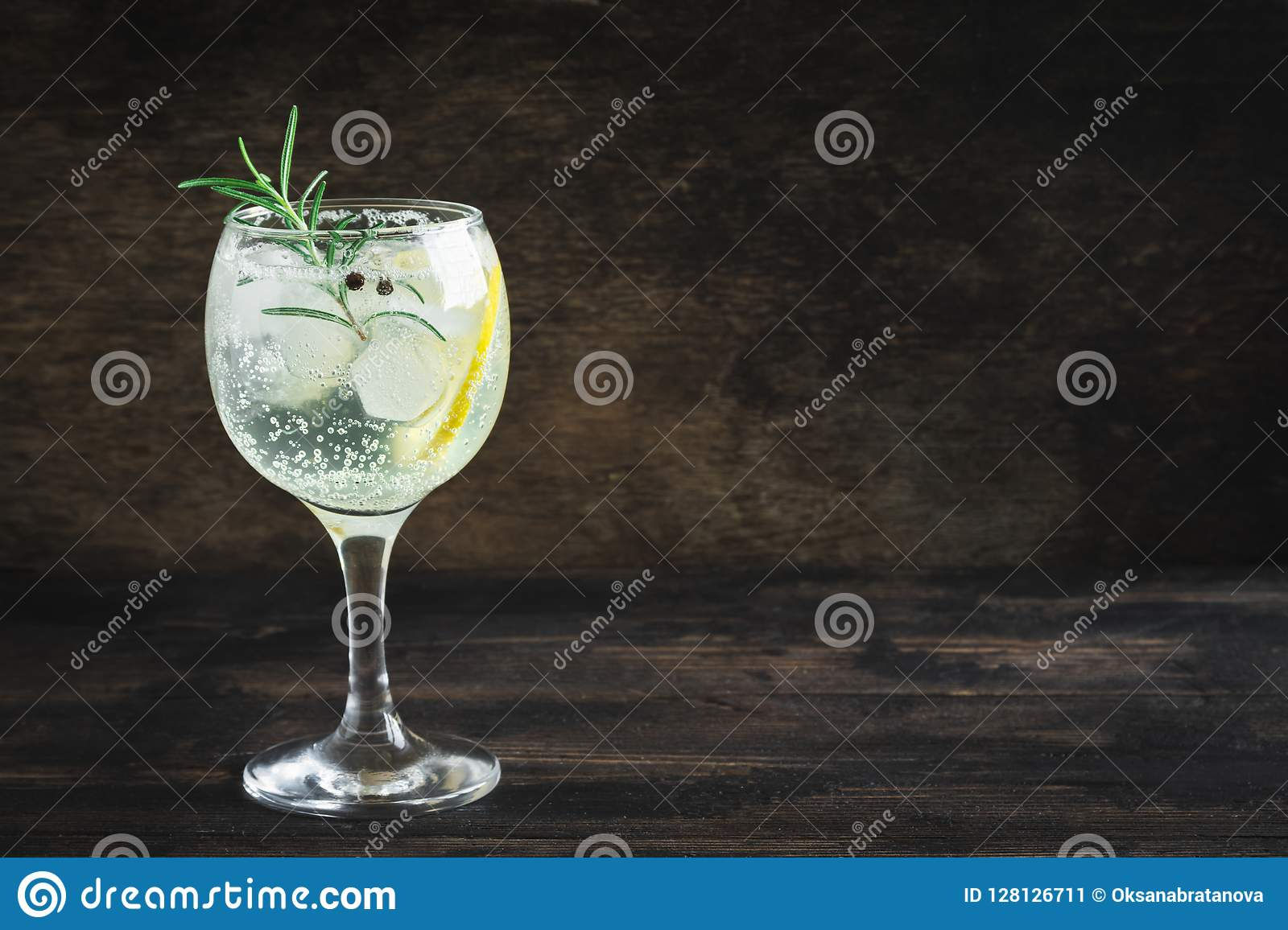 Gin Tonic-Cocktail