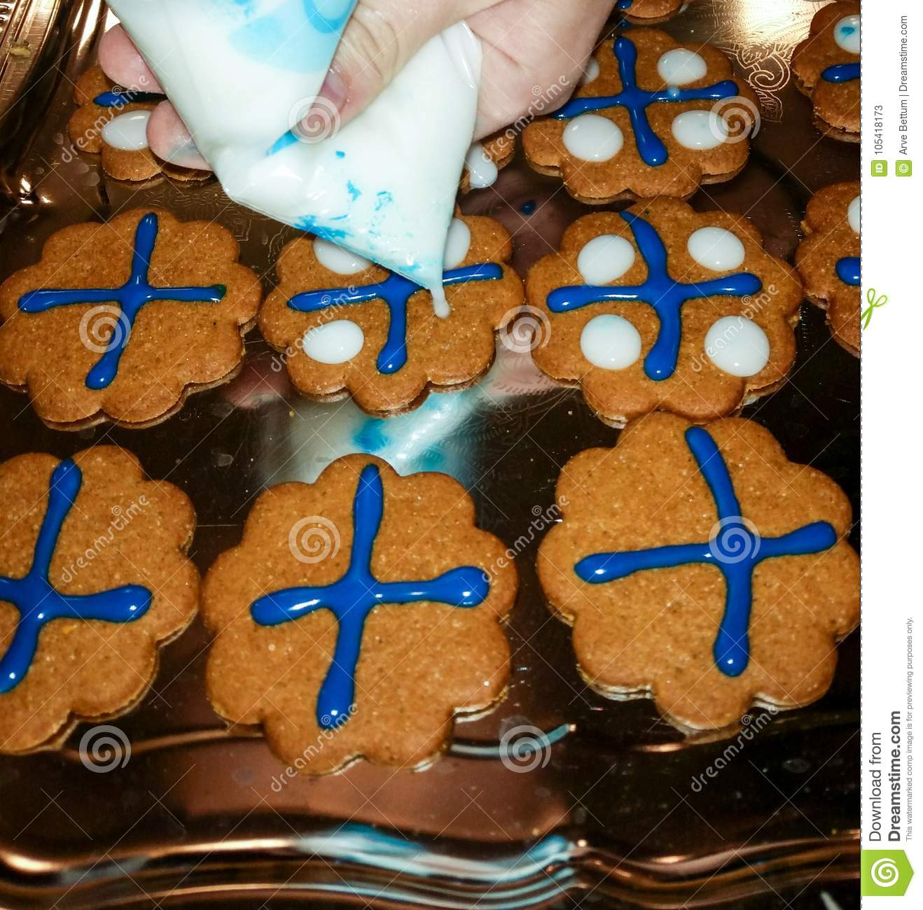 Gingerbread cookies with Finnish Colors