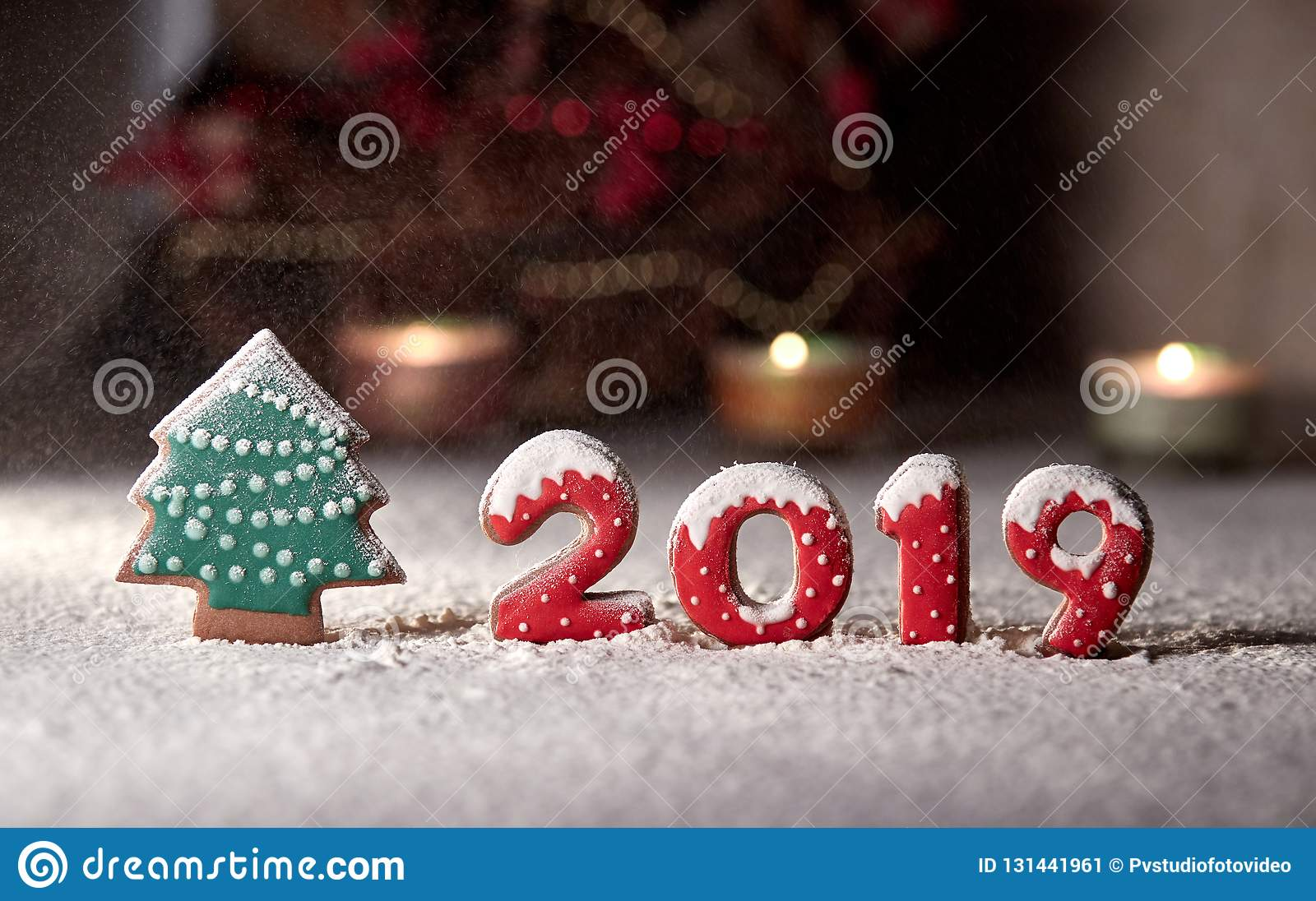 Christmas Arrangements 2019 On A Gingerbread Tree And Numbers 2019 Gingerbread Snow Falls