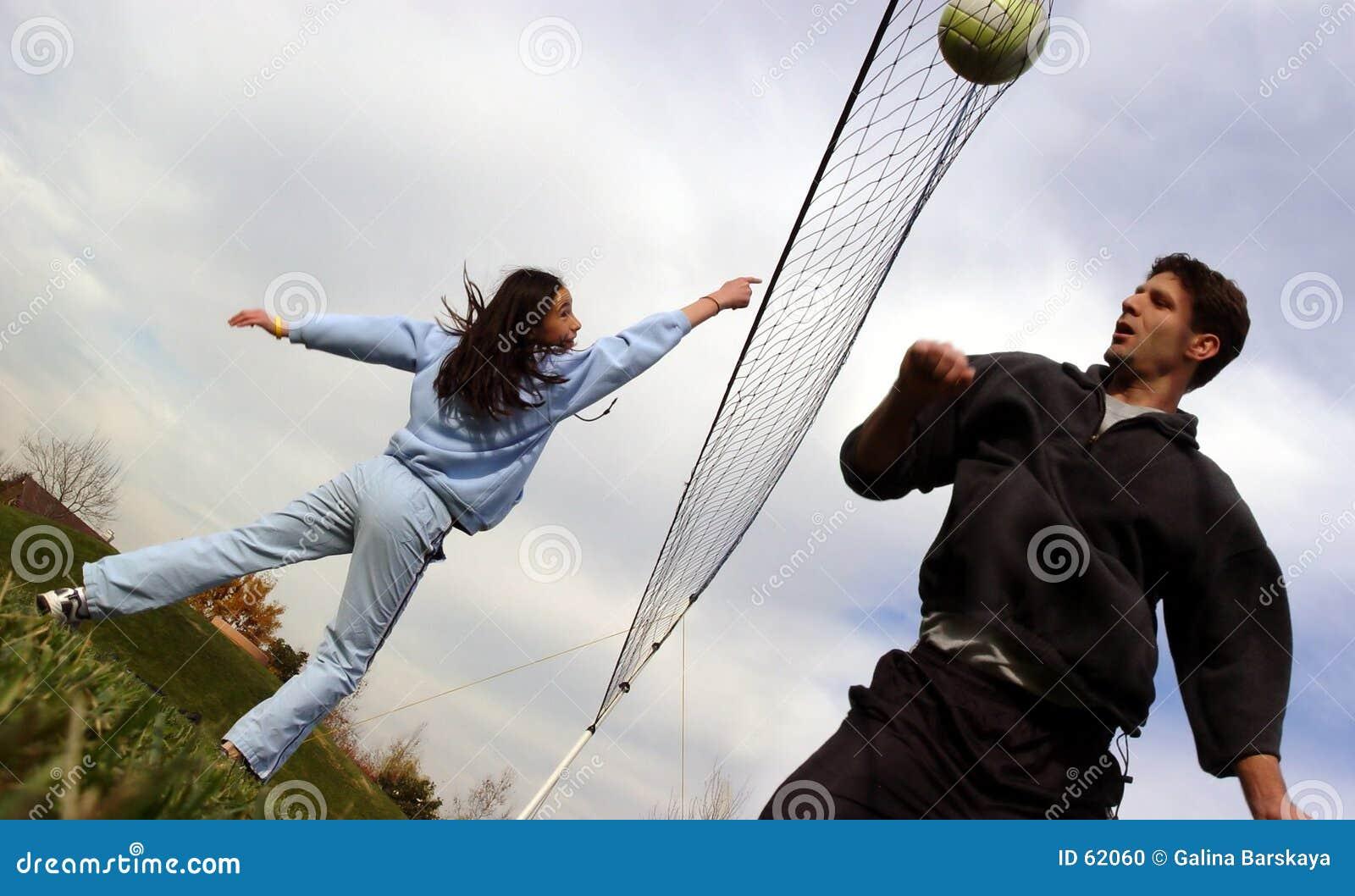 Giocatori di pallavolo delle coppie