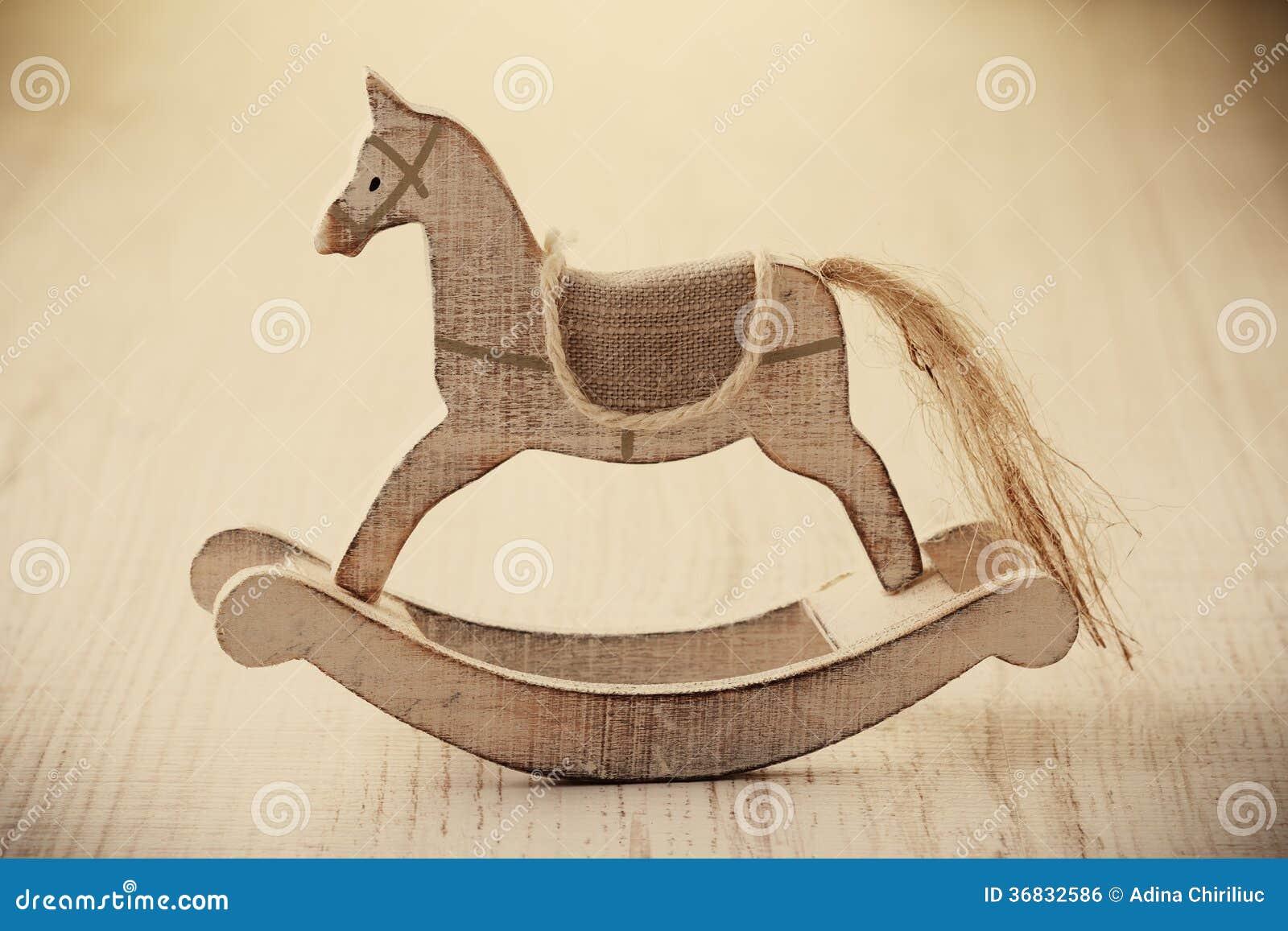 Cavallo Di Legno Giocattolo.Giocattolo Di Legno Del Cavallo Fotografia Stock Immagine Di Sole