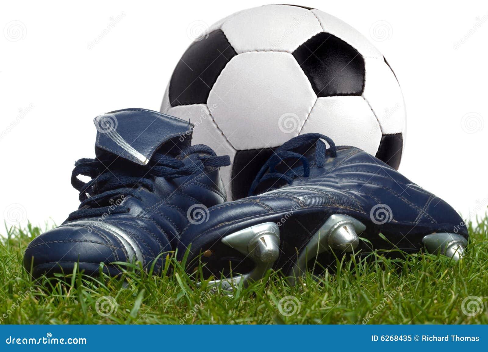 Gioco del calcio e caricamenti del sistema