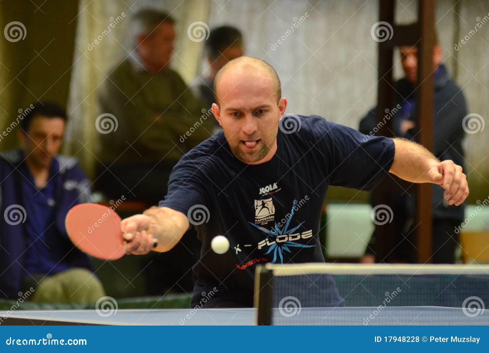 Gioco di ping-pong di Polgardi - di Kaposvar