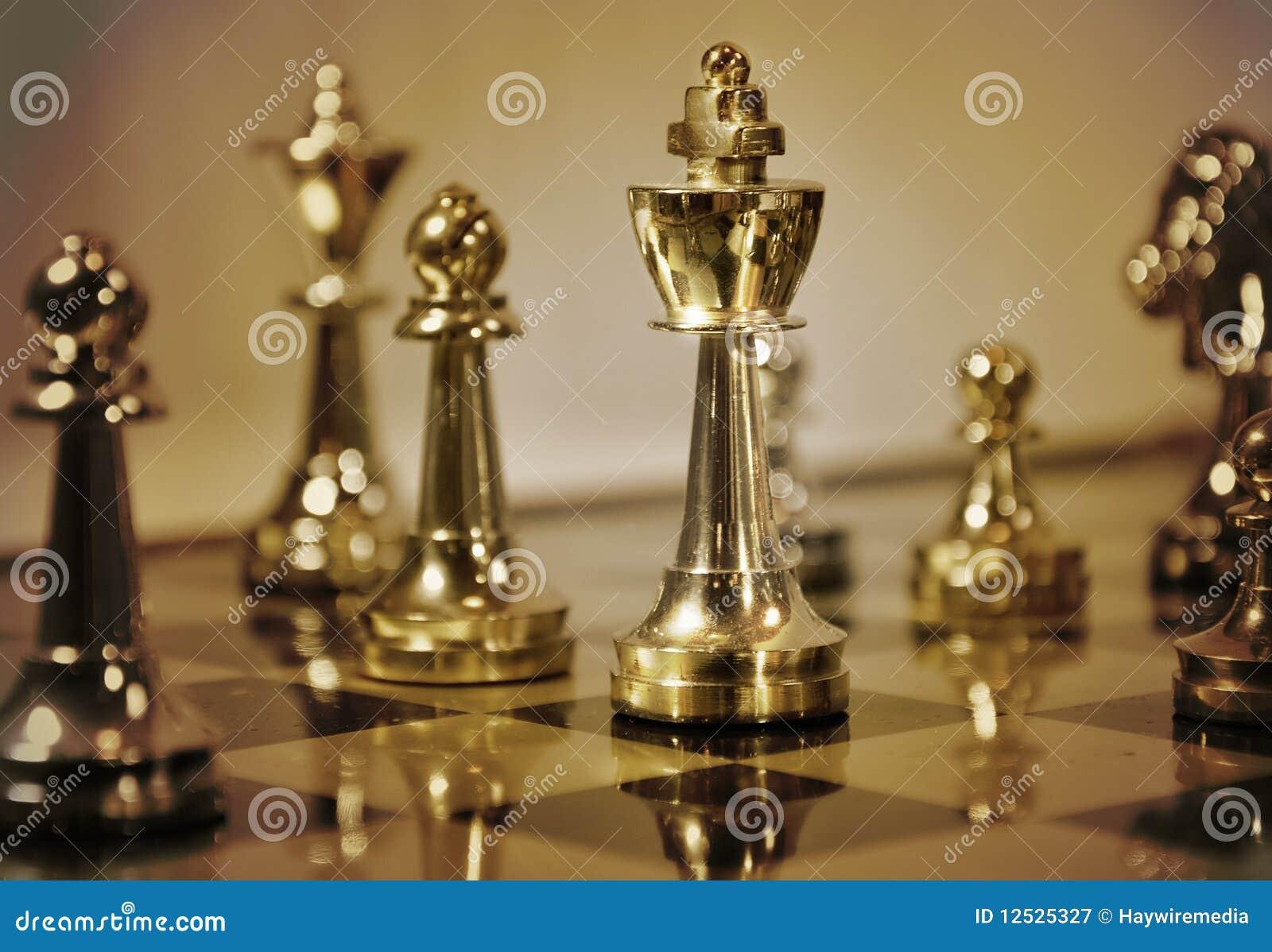 Gioco di scacchi del Brown con il re