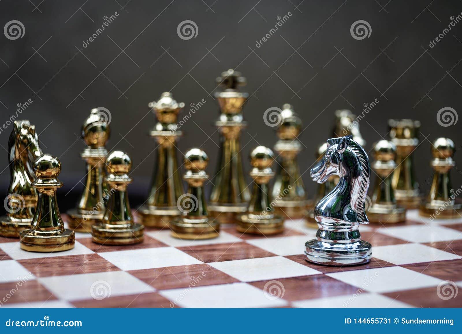 Gioco di scacchiera, concetto competitivo di affari