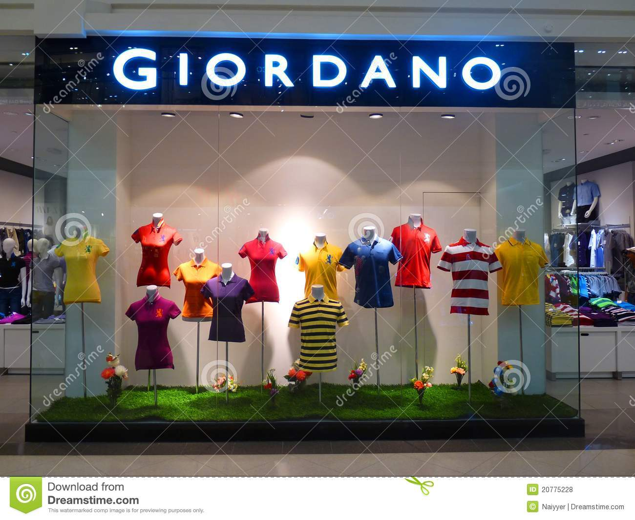 Designer Clothing Stores In Phoenix Az giordano clothing retail store