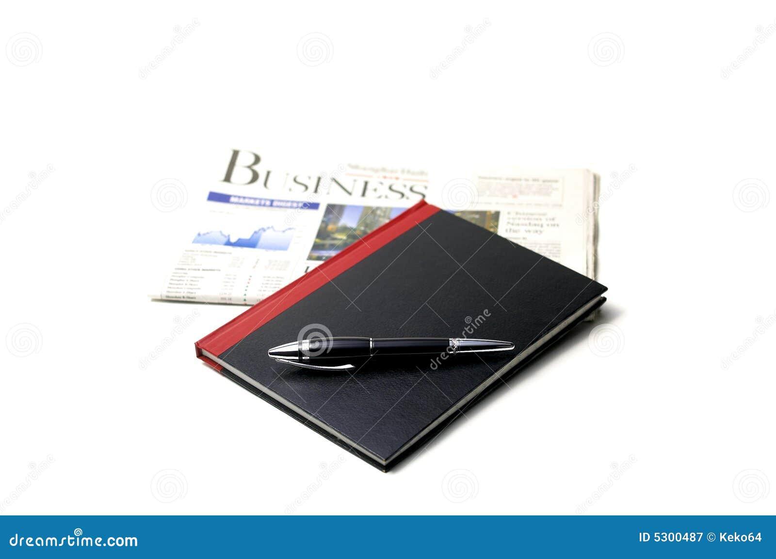 Download Giornale, penna e taccuino immagine stock. Immagine di formazione - 5300487