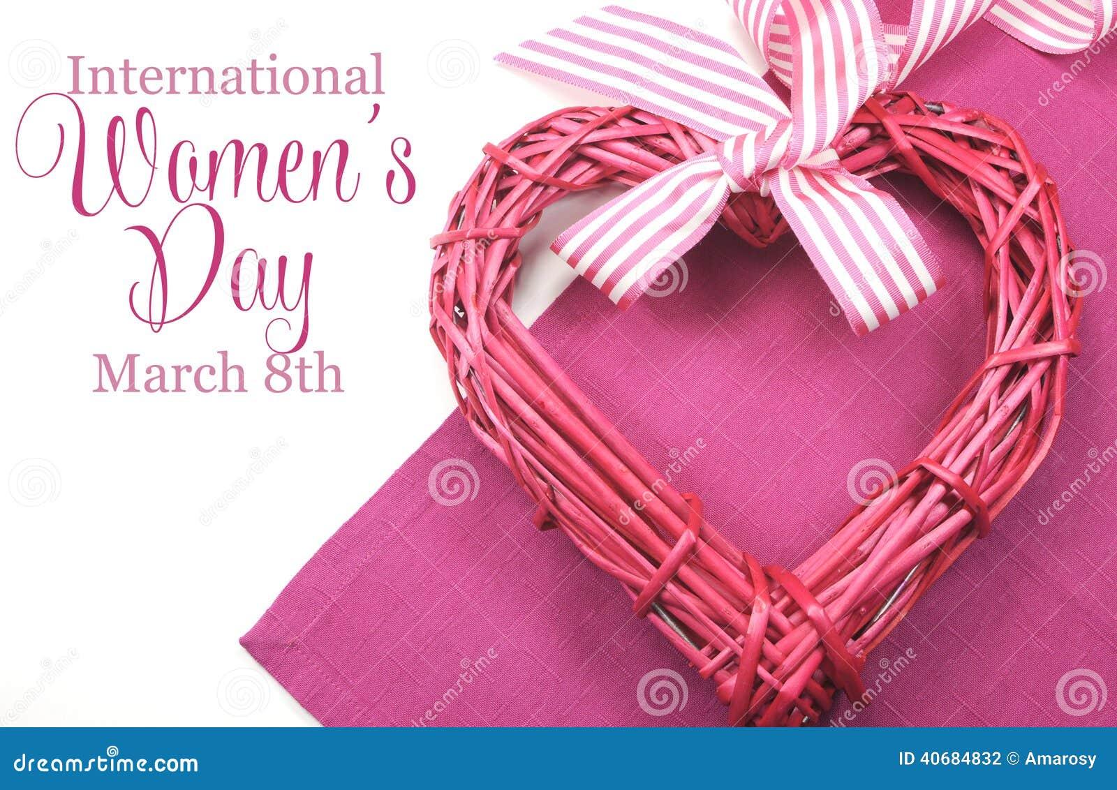 Giornata internazionale della donna felice, l 8 marzo, cuore e testo