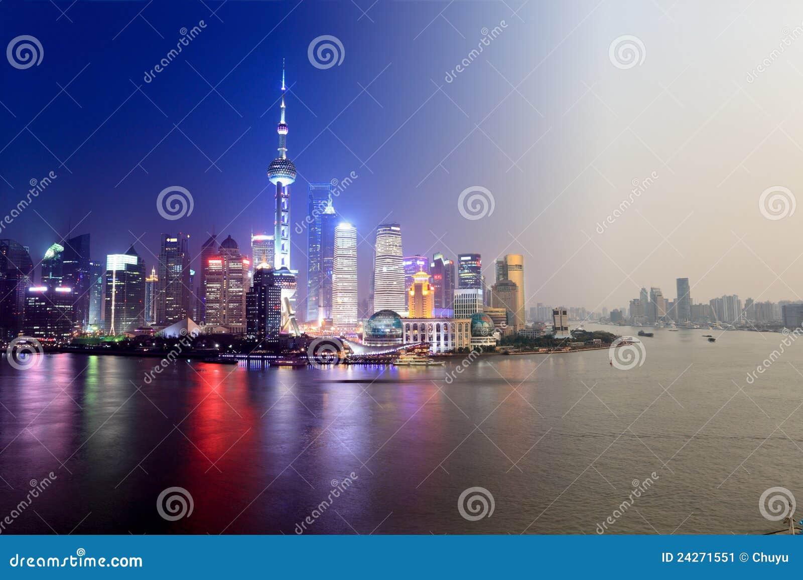 Giorno alla notte a Schang-Hai