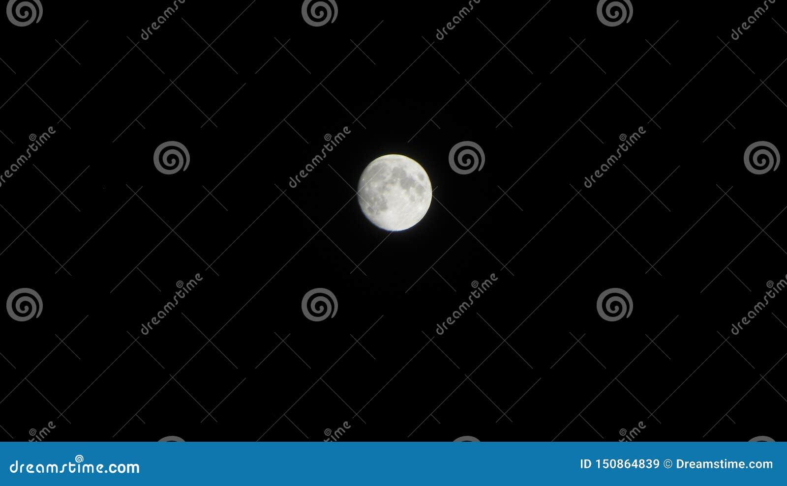 Giorno della luna piena nel poson