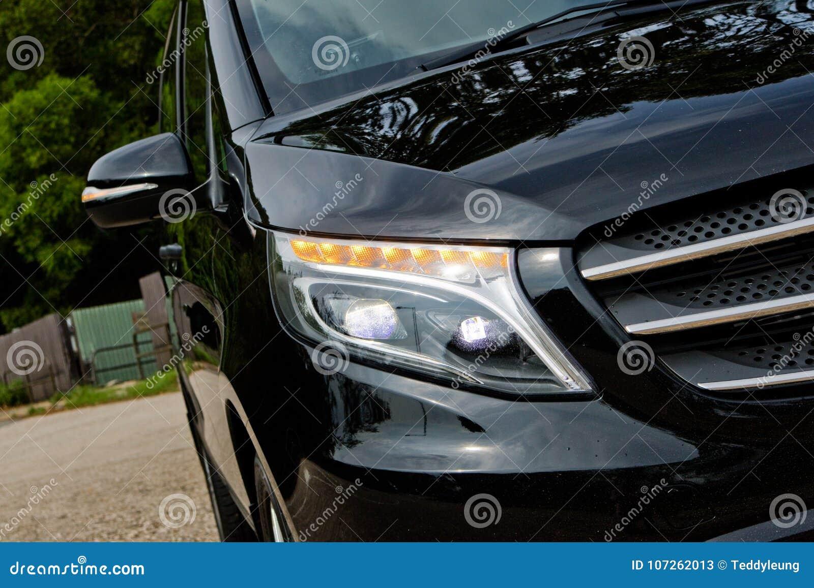 Giorno 2017 della prova su strada di Mercedes-Benz Vito