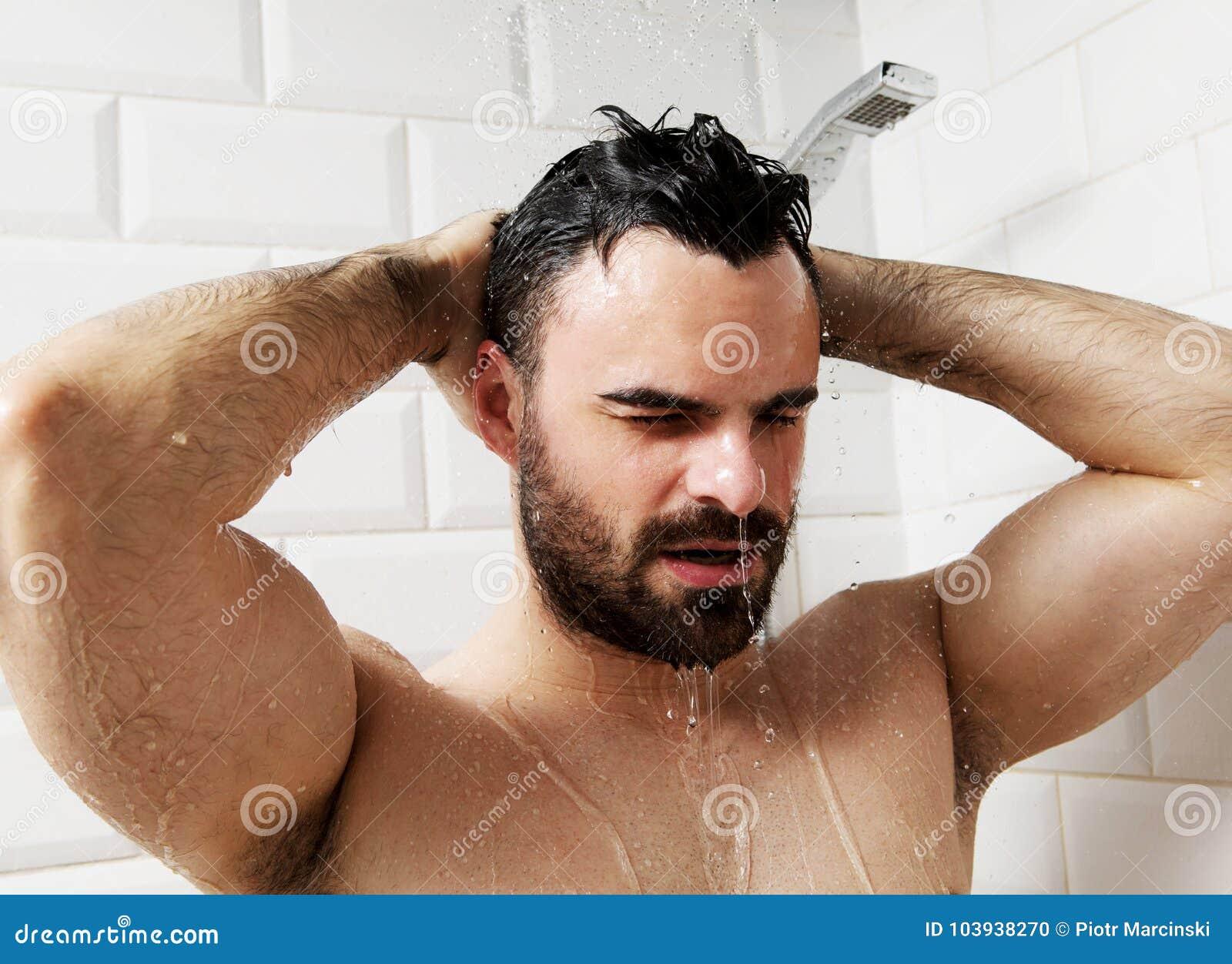giovane in doccia video di sesso anale come