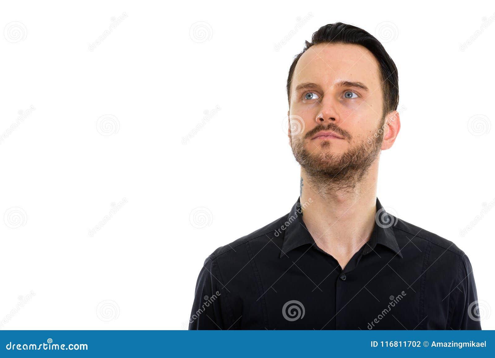 Giovane uomo d affari barbuto bello