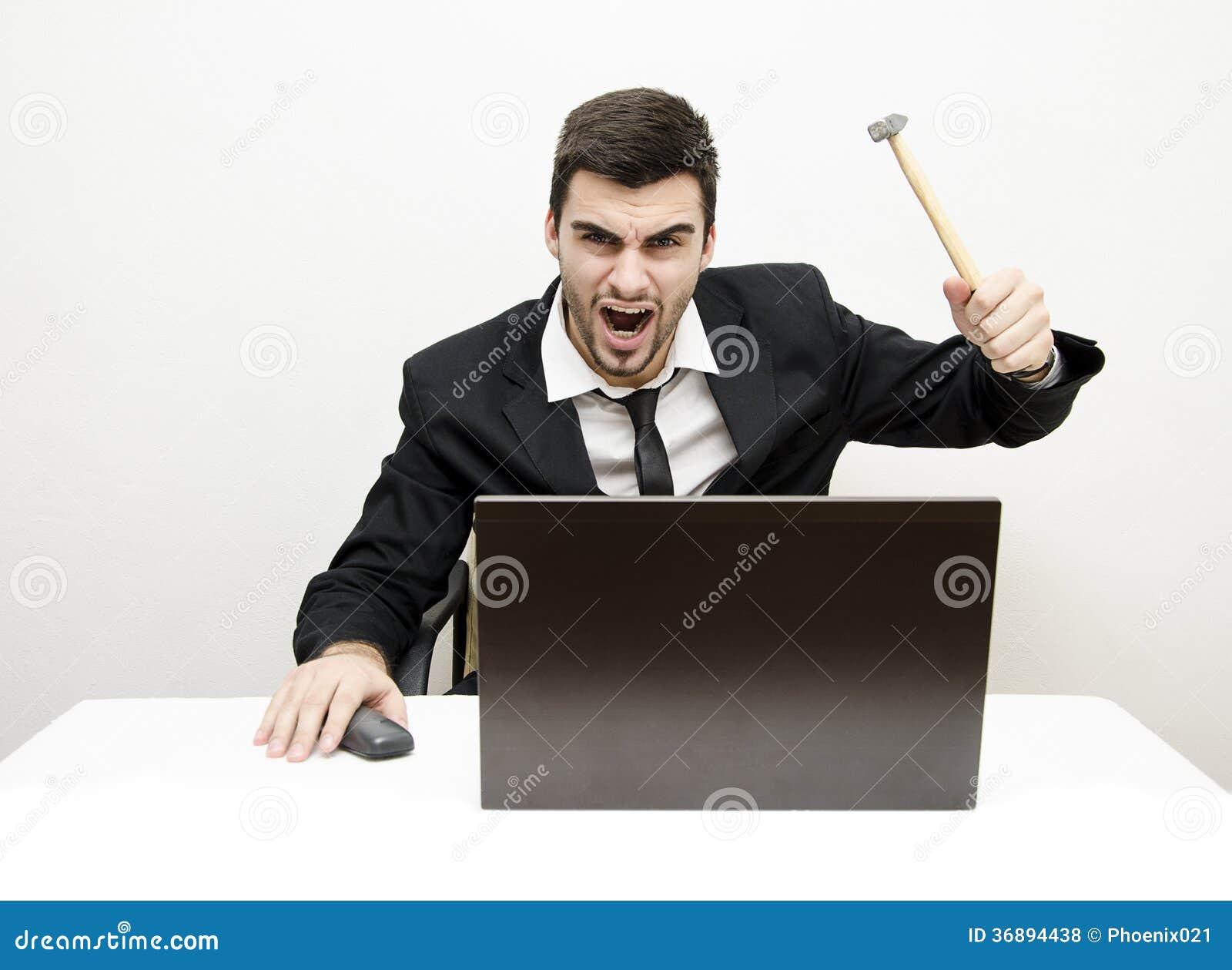 Download Giovane Uomo D'affari Desk Rage Fotografia Stock - Immagine di bianco, occhi: 36894438