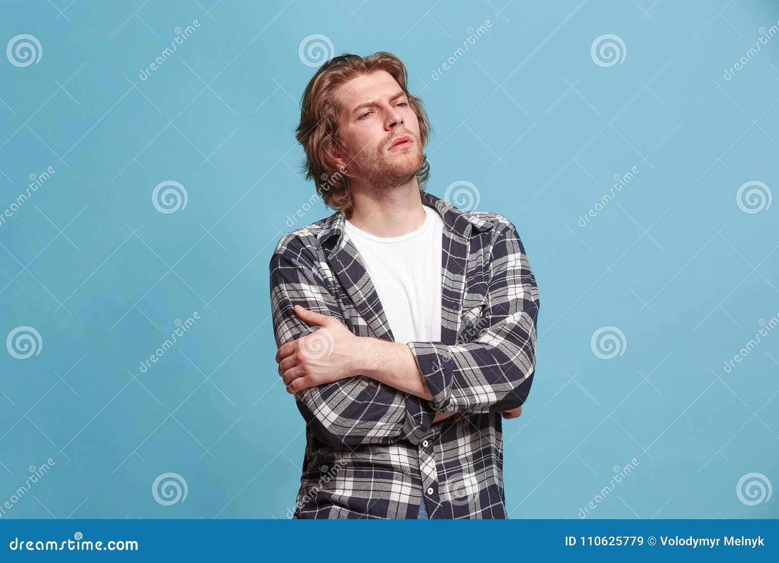 Giovane uomo premuroso serio di affari Concetto di dubbio