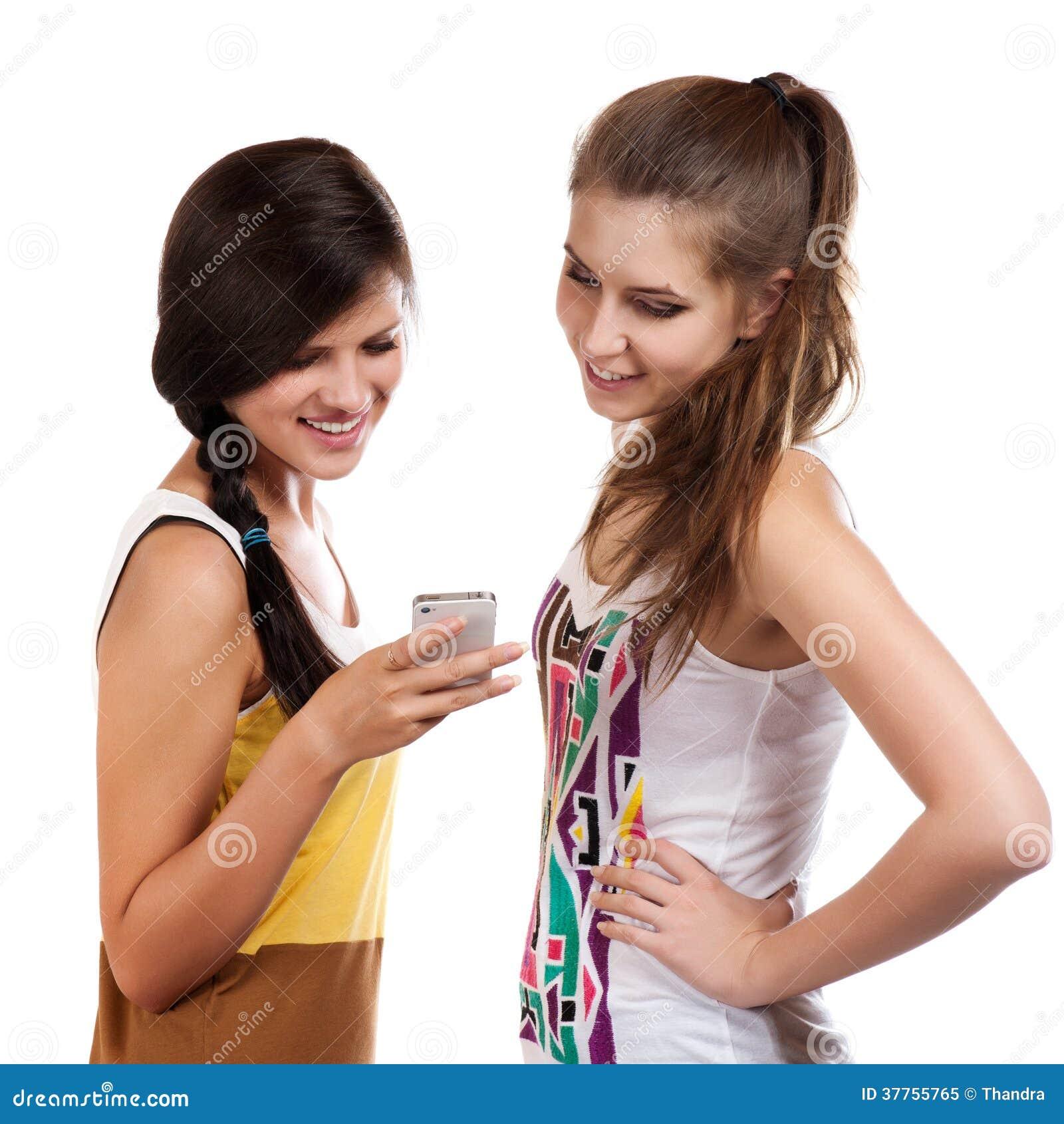 Ragazze in cerca di ragazzi per il telefono cellulare