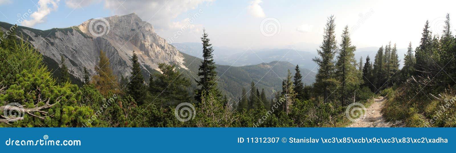 Gipfel des Preiner Stabs in den Rax Alpen