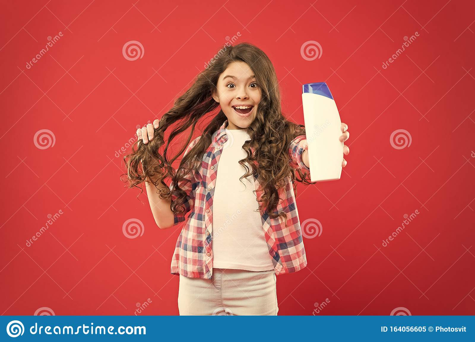 Girl Active Kid With Long Hair Dry Shampoo Easy Tips Making Hairstyle For Kids Strong And Healthy Hair Concept Long Stock Image Image Of Cute Fresh 164056605
